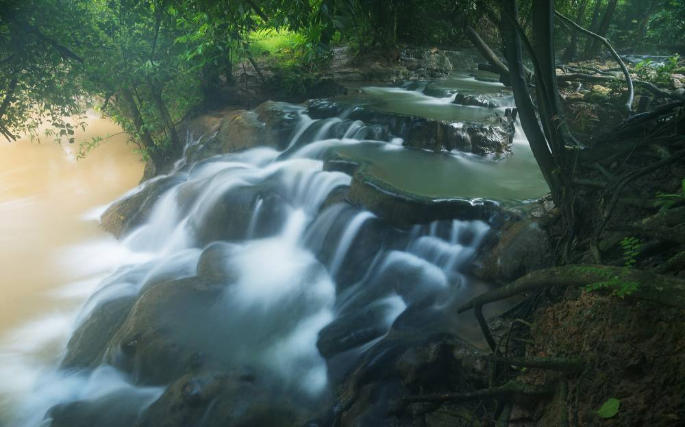Hot-Springs-Waterfall_-Namtok-Ron.jpg